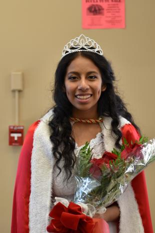 Senior Araceli Daza during lunch after being crowned homecoming queen during Monday morning's coronation assembly.